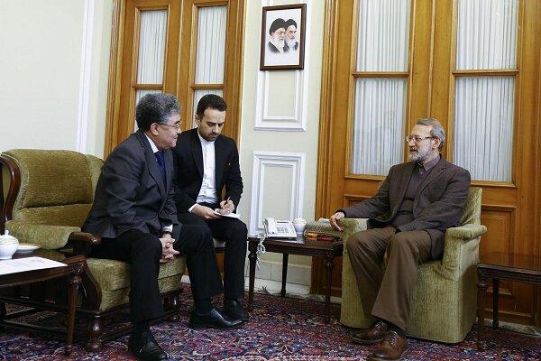لاريجاني: تطوير التعاون المصرفي بين طهران وأستانة يسهل العلاقات التجارية