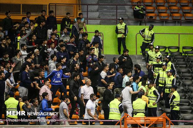 تماشاگران تیم والیبال سپاهان تا اطلاع ثانوی محروم شدند