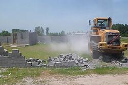 تخریب ساخت وسازهای غیرمجاز در اراضی کشاورزی و بخش ساحلی بندرترکمن