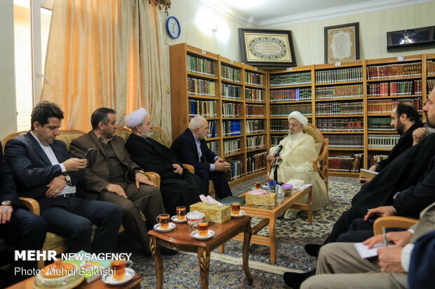 FM Zarif visits senior clerics in Qom