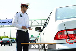 اقدام قابل تحسین مامور پلیس در امر به معروف