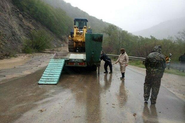 امدادرسانی سپاه نینوای گلستان به گرفتارشدگان در سیلاب گلستان