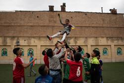 فعالیت های فرهنگی یک جوان در محله سنگ سیاه شیراز