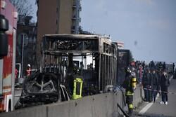 رانندهای در «میلان» پیش از آتش زدن مسافران بازداشت شد/ ۱۴ نفر به بیمارستان منتقل شدند