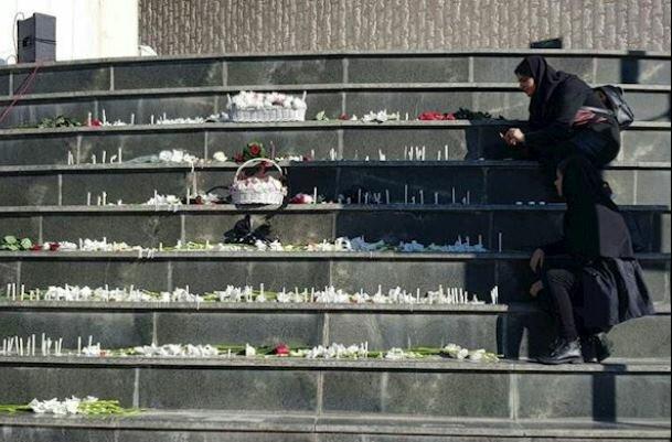 سال پیچهای خطرناک در جاده دانشگاه/ وداع با درگذشتگان دانشگاهی۹۷