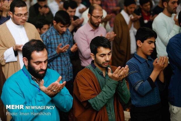 مراسم معنوی اعتکاف درمسجد جامع همدان
