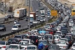 ترافیک پرحجم در محورهای گیلان/ وقوع ۱۴۸ فقره تصادف