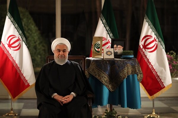 Rouhani vows to establish more friendly ties with neighbors in New Year
