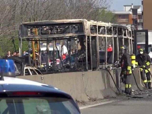 اٹلی میں ڈرائیور نے اسکول بس کو اغوا کرکے آگ لگا دی