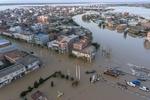 İran'da sel! Şehir sular altında!