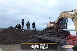 تخریب بخشی از خطآهن استان گلستان برای خروج سیلاب از شهرها