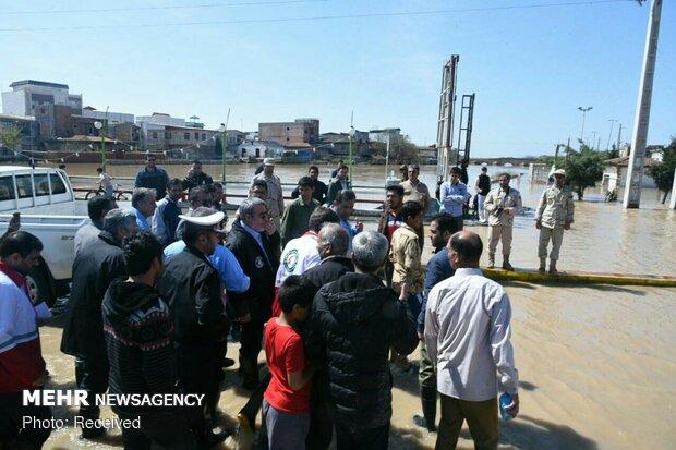 بازدید وزیر کشور از مناطق سیل زده آق قلا