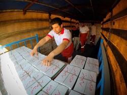 ۱۲۳۰۰ بسته صنایع غذایی برای سیلزدگان خوزستان ارسال شد