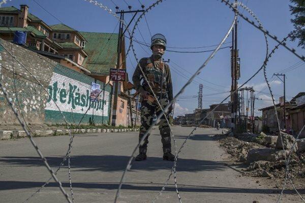 بھارت نے کشمیر کو فوجی چھاؤنی میں تبدیل کردیا