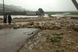 راه دسترسی روستاهای سیلزده پلدختر همچنان قطع است