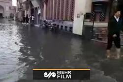 بازار وکیل شیراز نیز به زیر آب رفت