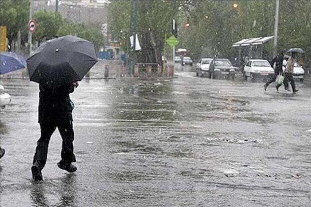بارندگی در مناطق مختلف کشور/وزش باد شدید در زابل