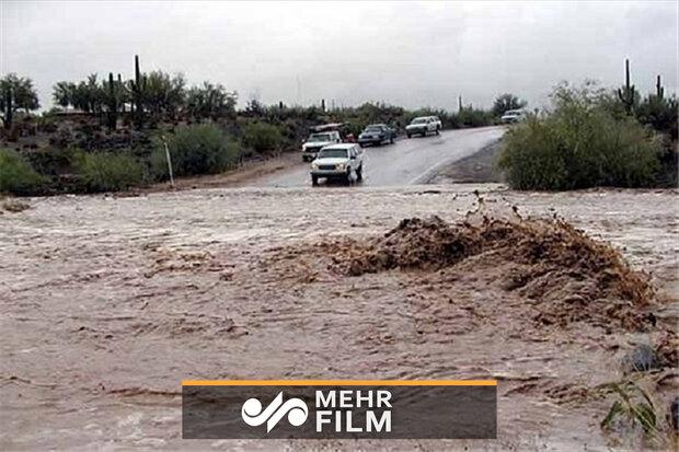 VIDEO: Devastating flood devours a house in Lorestan prov.