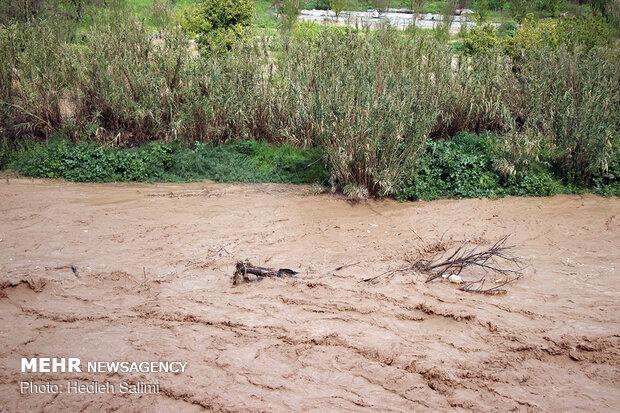 طغیان رودخانه الوند در سرپل ذهاب