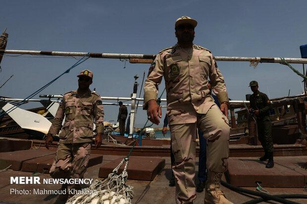 جلوگیری از خروج ۷ هزار لیتر سوخت قاچاق توسط دریابانان ماهشهر