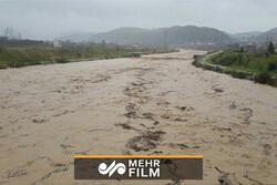 Hürremabad kentinde şiddetli yağış etkili oldu