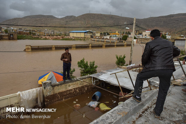 خسارات سیل در محله سعدی شیراز- دومین روز سیلابی شیراز