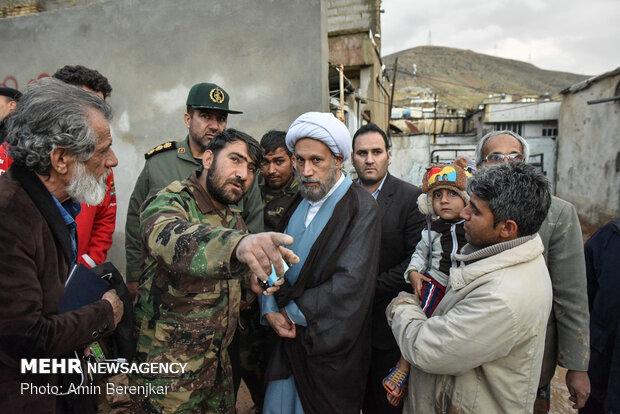 بازدید امام جمعه شیراز از مناطق سیل زده محله سعدی شیراز