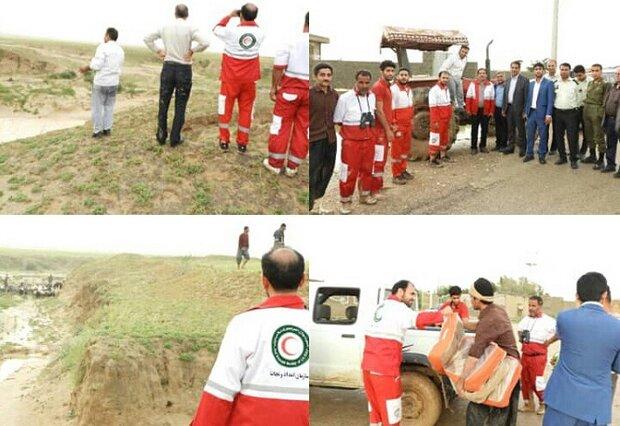 ۱۸ نفر از عشایر دامدار از سیلاب نجات یافتند