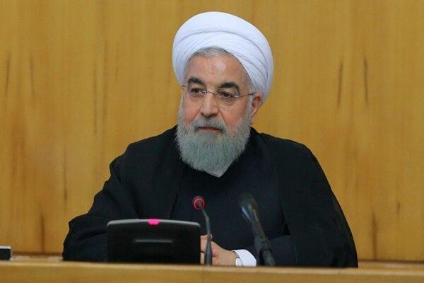 روحاني: الشعب الايراني سجل صفحة ذهبية في تعاضده وتراحمه في مواجهة السيول