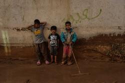 پویشهای مردمی در محله سعدی / اکران فیلم برای کودکان سیل زده