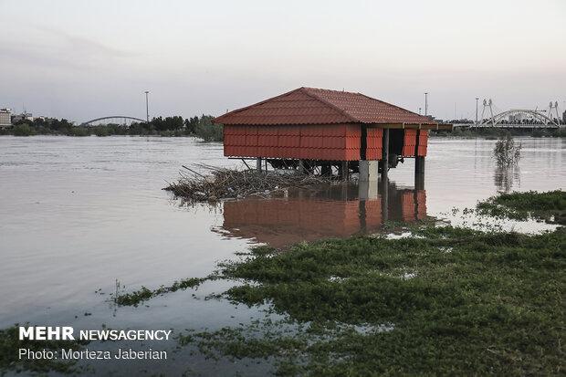 مخالف تخریب رستورانهای حاشیه رودخانه کارون اهواز هستیم