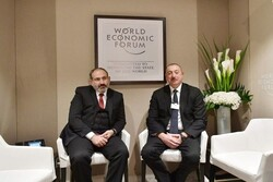 Nikol Paşinyan Brüksel'de  İlham Aliyev ile kısa görüşme gerçekleştirdi