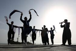 اجتماع مختلف القوميات الايرانية في جزيرة كيش