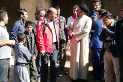 نماینده ولی فقیه در استان از روستاهای سیل زده بازدید کرد