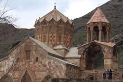 مسافران نوروزی در کلیسای استپانوس