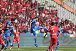 تہران میں پرسپولیس اور استقلال ٹیموں کے درمیان فٹبال مقابلہ