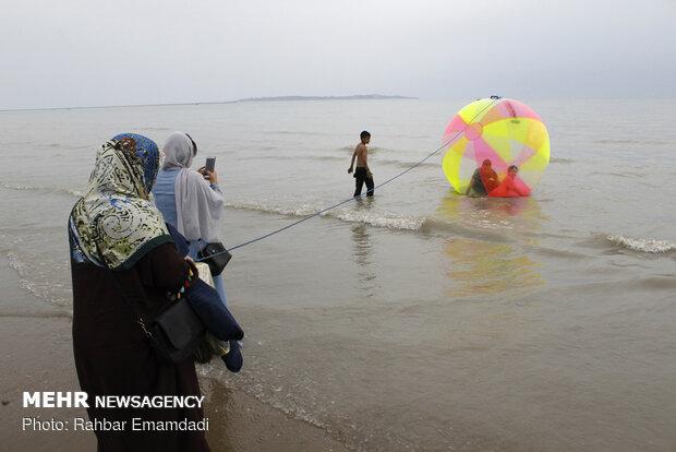 مسافران نوروزی در سواحل بندرعباس