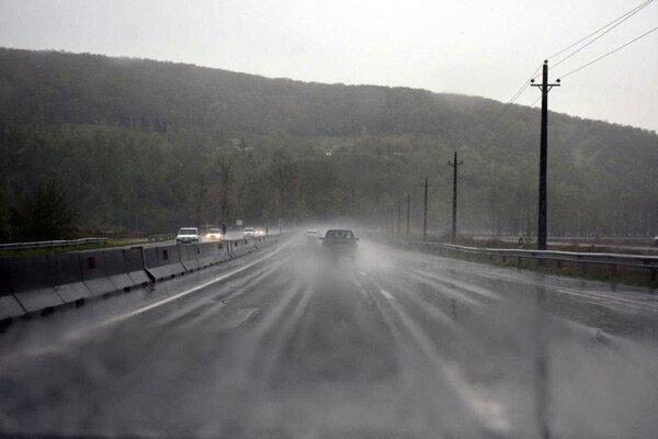 جاده های کردستان لغزنده است/کاهش دید افقی بدلیل مه غلیظ