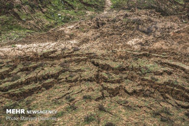 إنزلاق التربة في قرى خراسان الشمالية