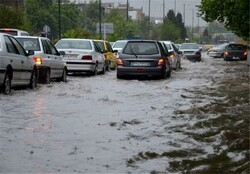 آماده باش ۳۶ هزار نیروی خدمات شهری و عمرانی همزمان با بارش باران