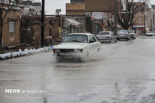 بارش باران و سیلاب در سنندج