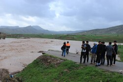 سیلاب و شکستن پل «کشکان» در کوهدشت