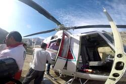 امداد رسانی هوایی به روستای برآفتاب جلاله/ توزیع بسته های معیشتی