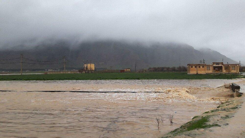 خسارت ۱۶۰۰ میلیاردی سیل در کرمانشاه/ راهها بیشترین خسارت را از سیل دیدند/ تخریب ۲۱۰۰ واحد مسکونی بر اثر سیل