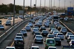 ترافیک در محورهای مواصلاتی استان همدان نیمه سنگین است