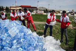 ارسال اقلام ضروری از فرودگاه خرم آباد به مناطق سیل زده