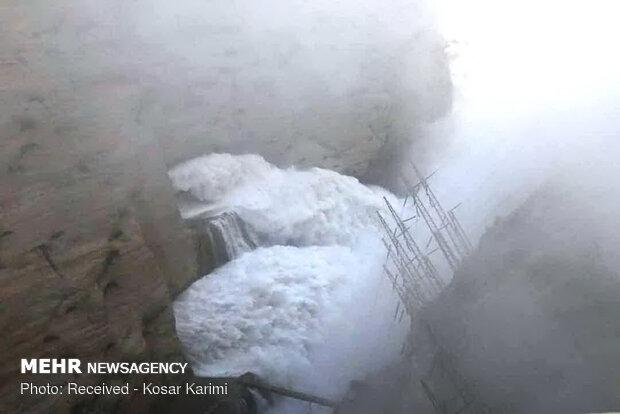 روزانه ۱۴۰ میلیون مترمکعب آب در رودخانه های خوزستان رها می شود