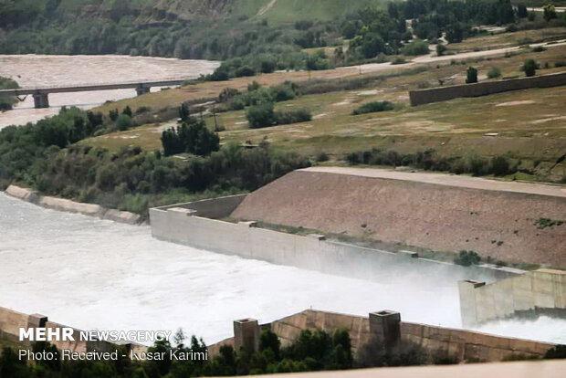 اوامر عاجلة باخلاء العديد من المدن والقرى في خوزستان تحسباً لخطر السيول