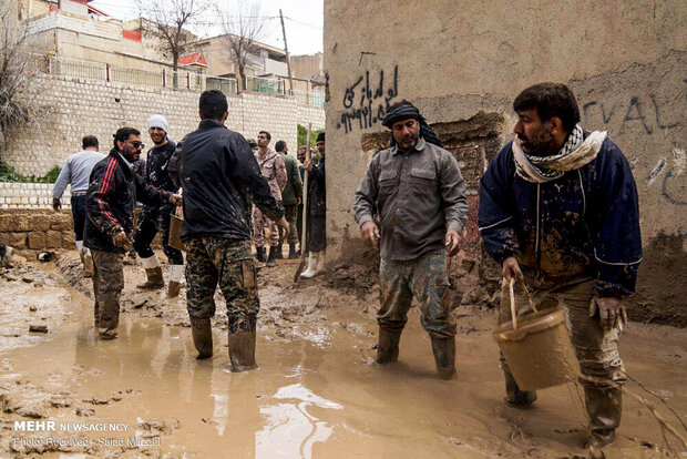 وزير الداخلية: سيتم دفع التعويضات للمتضررين جراء السيول والفيضانات
