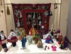 خطر کالاسازی عروسکهای اقوام/ صنایع فرهنگی بومی را استحاله نکنید!